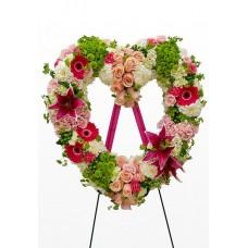 Венок в виде сердца из живых цветов ВСЖ-22