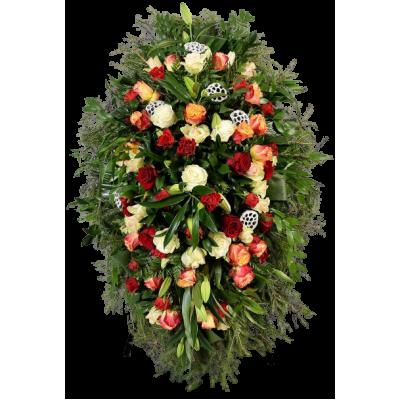 Венок из живых цветов купить в Москве