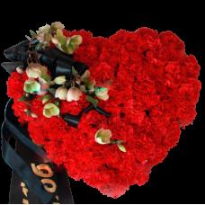 Венок из искусственных цветов в виде сердца ВСИ-13