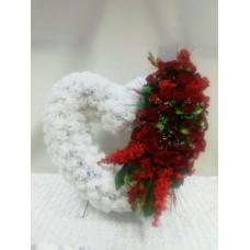 Венок из искусственных цветов в виде сердца ВСИ-08