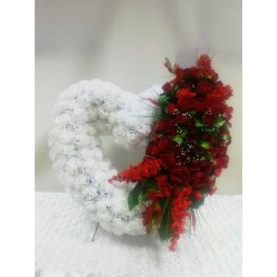 Венок из искусственных цветов с доставкой по Москве