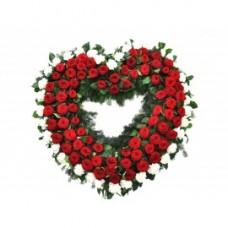 Венок в виде сердца из живых цветов ВСЖ-33