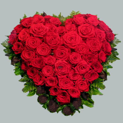 Венок в виде сердца из живых цветов ВСЖ 23