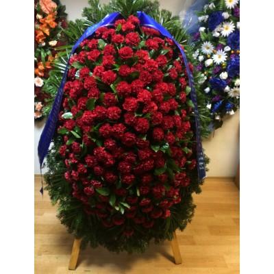 Венок из живых цветов с доставкой в Москве