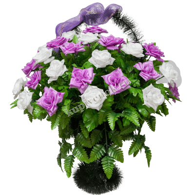 Корзинка из искусственных цветов