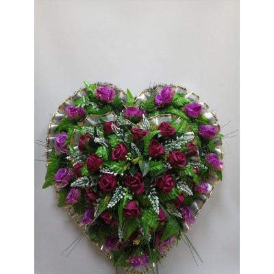 Венок из искусственных цветов в виде сердца ВСИ 04