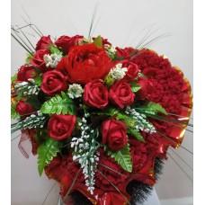 Венок из искусственных цветов в виде сердца ВСИ-07