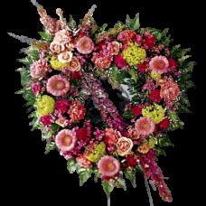 Венок в виде сердца из живых цветов ВСЖ-13