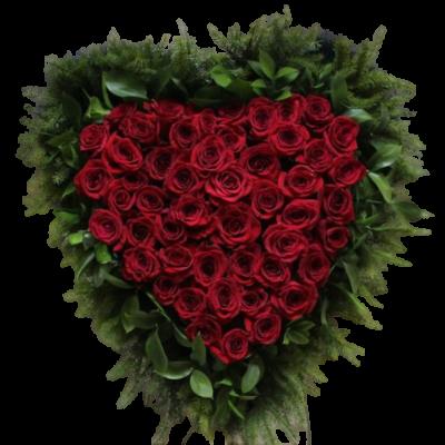 Венок в виде сердца из живых цветов ВСЖ 03