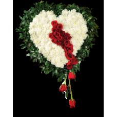 Венок в виде сердца из живых цветов ВСЖ-14