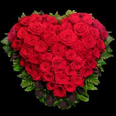 Венок в виде сердца из живых цветов ВСЖ-08