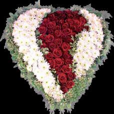 Венок в виде сердца из живых цветов ВСЖ-09